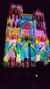 cathédrale-gothique-Amiens-spectacle-couleur-soirs-été-juin-juillet-âoût-septembre-somme-hauts-de-france