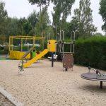 aire-jeux-enfants-trampoline-mur-escalade-toboggan-tourniquet-jeu-ressort-camping-puits-tournants-sailly-le-sec-somme-hauts-de-france